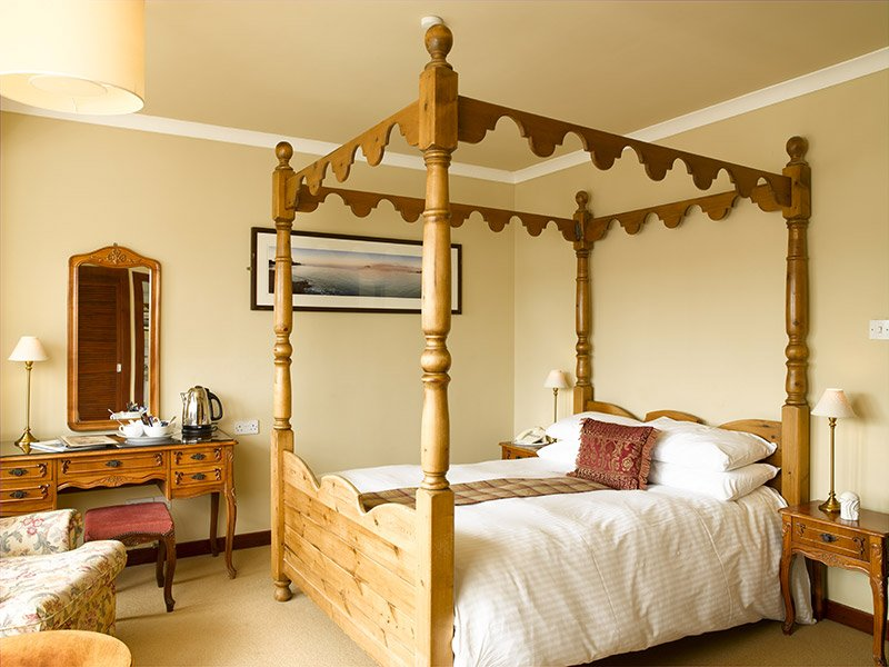 four-poster-room-east-lothian